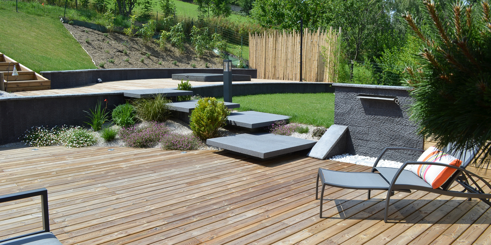 am nagement jardin paysagiste aquatique as de tr fle paysage haute loire et loire terrasses. Black Bedroom Furniture Sets. Home Design Ideas